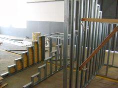 Risultati immagini per steel frame minha casa minha vida Metal Stud Framing, Steel Frame House, Steel Stairs, Metal Gates, Industrial House, Tiny House, Diy Stair, New Homes, Modern Houses