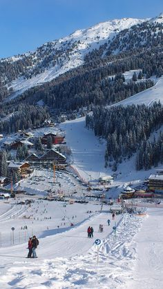 Skiing in Hochfuegen - Zillertal - Austria http://www.travelbrochures.org/21/europa/dream-destination-of-austria