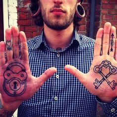 #tattify #tattoo #tattoos #ink Tathunting for hand tats