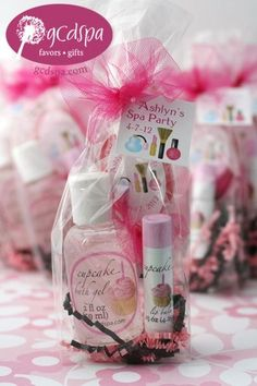 spa party favors- the girls bday party Beauty, that's my passion. Skincare, facials masks and make-up techniques! Booking within the Southern NJ area or start your own Spa Party business, ask me how? Spa Day Party, Spa Party Favors, Girl Spa Party, Spa Birthday Parties, Party Time, Birthday Ideas, 7th Birthday, Birthday Gifts, Pamper Party Kids