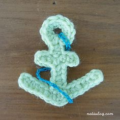 Crochet anchor motif by Natsulog - Free! So thankful. :D Crochet anchor motif by Natsulog - Free! So thankful. Marque-pages Au Crochet, Crochet Mignon, Crochet Motifs, Crochet Flower Patterns, Crochet Gifts, Cute Crochet, Crochet Flowers, Crochet Toys, Crochet Appliques