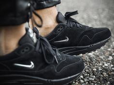 Nike Air Max 1 SC Jewel - Triple Black - 2017 (by Ginogold)