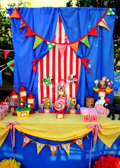 Krown Kreations & Celebrations 's Birthday / Circus / Carnival - Circus Party at Catch My Party Circus Carnival Party, Kids Carnival, Circus Theme Party, Carnival Birthday Parties, Circus Birthday, First Birthday Parties, Birthday Party Themes, Birthday Ideas, Circus Food