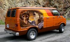 In Search Of 'Out Of This World' Van Art? | Motornomadics