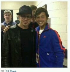 Toby Mac with his oldest son Truett!!! Omg! This is soooo cool! I've always loved Toby and thought all of Truetts songs with him were awesome!