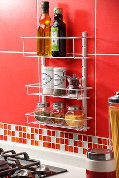 Ubicar las especias cerca de la estufa, ayuda a darle un mejor sazón a la comida que compartes en familia