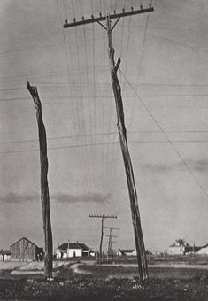 Paul Strand - Telegraph Poles, Texas, © Aperture Foundation, Inc. Straight Photography, Classic Photography, Vintage Photography, Black And White Photography, Monochrome Photography, Photography Themes, History Of Photography, Street Photography, Edward Steichen