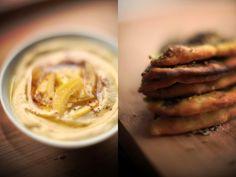 Hummus z kiszoną cytryną i chlebki manakish z za'atarem