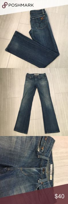 """Joes Jeans the Socialite bootcut Women's 26 Joes Jeans the socialite bootcut. Excellent used condition, minimal wear in the cuffs, last picture above. No other stains, holes or fading.                                                           13.5"""" waist 7"""" rise 31.5"""" inseam joes jeans Jeans Boot Cut"""