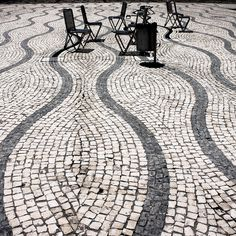 calçada portuguesa.  Photo: Natalia Romay