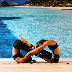 It s crazy what our bodies are capable of! our job is to explore and try to push the boundaries thursdaythoughts yoga contortions partneryoga partner yoga ipad case acropartner acro yoga Couples Yoga Poses, Acro Yoga Poses, Partner Yoga Poses, Yoga Poses For Two, Dance Poses, Two Person Yoga Poses, Crazy Yoga Poses, Challenging Yoga Poses, 2 People Yoga Poses