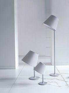 """Stehleuchte """"Melampo"""" von Artemide, Design: Adrien Gardère"""