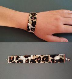 native american animal bracelet with leopard print, beige bronze bracelet, seed beads ethnics bracelet, gift for best friend ethnic jewelry - jewelry diy bracelets Bead Loom Patterns, Jewelry Patterns, Bracelet Patterns, Beading Patterns, Diy Jewelry Gifts, Jewelry Tags, Jewelry Crafts, Punk Jewelry, Women's Jewelry