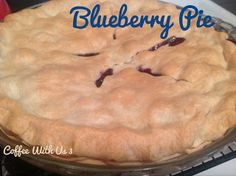 Blueberry Pie is a wonderful way to end just about any dinner. If you are looking for a really easy dessert with great flavor, look no further. Eat Dessert First, Pie Dessert, Dessert Drinks, Dessert Table, Easy Desserts, Delicious Desserts, Yummy Food, Healthy Food, Homemade Blueberry Pie