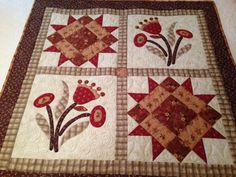 """""""Best Friends"""" pattern by Nancy Rink. Quilt stitched by Berta & Berta. Quilting by Corey Starkey."""