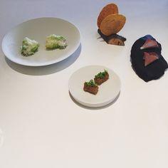 Amuse-Gueule. Woolly Pig, Beef Tongue, Salad/Sbrinz, Cheese Cracker #focus #restaurantfocus #twomichelinstars  #guidemichelin #michelin #lakelucerne #vierwaldstättersee #food #foodgasm #foodie #gastronomy #foodieheaven #foodspotting #foodielife #foodblog #instafood #foodpics #nomnomnom #foodstagram #thisisthelife #theimportantstuff Beef Tongue, Cracker, Michelin Star, Salad, Plates, Cheese, Stars, Tableware, Food
