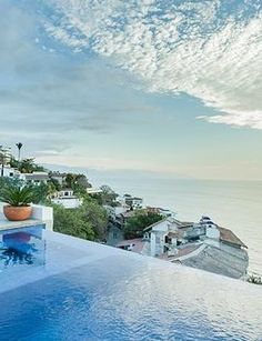 23 vacation rentals that are out of this world
