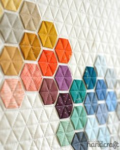 "Different idea on how to build a Hexie quilt. (Beautifully geometric ""Machine Stitched Hexagons"" by Nicole Daksiewicz of Modern Handcraft. Quilt Festival, Quilting Projects, Sewing Projects, Embroidery Designs, Crewel Embroidery, Motifs Textiles, Quilt Modernen, Ideias Diy, Diy Couture"