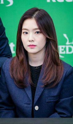 Bae Ju Hyun - Red Velvet leader (Irene)