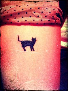 Cats for life! Want this one so bad!
