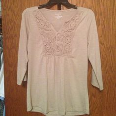 Soft baby doll top with lace Very soft comfy top 3/4 sleeve wheat color Somoma Tops Tees - Short Sleeve