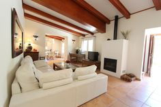 http://www.letboost.es This living room provides you a confortable stay during your holidays in #Mallorca. #Mancor, Sierra de Tramuntana.