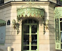 Laduree Champs Elysees Paris, Laduree boutique Paris