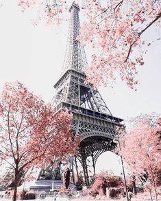 Eiffel, Paris, photo by Cute Wallpaper Backgrounds, Pretty Wallpapers, Photo Wallpaper, Bedroom Wallpaper, Paris Pictures, Paris Photos, Beautiful Nature Wallpaper, Beautiful Landscapes, Beautiful Architecture