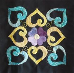 Resultado de imagen de affairs of the heart quilt pattern Heart Quilt Pattern, Quilt Block Patterns, Applique Patterns, Applique Quilts, Quilt Blocks, Celtic Quilt, Quilting Projects, Sewing Projects, Machine Quilting Tutorial