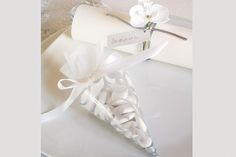 IMPECABLE! Motif Arabesque, Decoration, Place Cards, Place Card Holders, Wedding, Google, Wedding Details, Wedding Gifts, Party