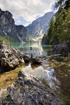 Lago di Braies, Val Pusteria, Dolomites, Italy