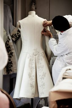 Fashion Atelier - the making of a haute couture coat; sewing; fashion design behind the scenes Dior Fall 2014.
