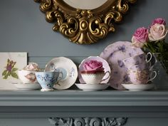 Alkemie: Tea Time - Tea Cups - Tea Pots - Table Spread by Reidle Tea Cup Display, Dish Display, Mismatched China, Alice, My Tea, Vintage China, Vintage Teacups, Vintage Soul, Antique China