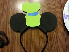 I made Goofy Mickey ears today Disney Ears Headband, Goofy Disney, Disney Headbands, Disney Mickey Ears, Disney Mouse, Mickey Mouse Clubhouse, Mickey Minnie Mouse, Disney Ideas, Disney Diy