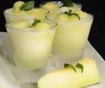 Recipe Sorbete de melón al cava by somarsae, learn to make this recipe easily in your kitchen machine and discover other Thermomix recipes in Bebidas y refrescos. Sweet Recipes, Snack Recipes, Dessert Recipes, Tapas, Yummy Drinks, Yummy Food, Healthy Food, Thermomix Desserts, Sorbets