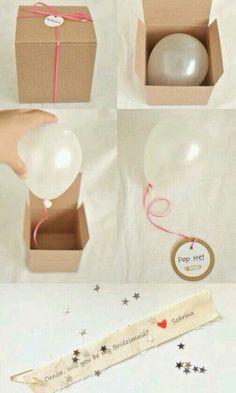 Skøn ide med ballonen til gaveindpakning generelt- enten til pengegave eller en seddel med en beskrivelse af gaven-oplevelse/overraskelse mv.