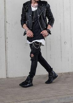 Streetwear Mode, Streetwear Fashion, Punk Outfits, Grunge Outfits, Dark Fashion, Grunge Fashion, Edgy Mens Fashion, Punk Mode, Rock Style Men