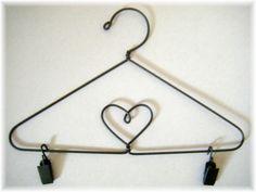 How to Make Quilt Hangers | Quilt hangers, Metal hangers and Mini ... : quilt hangers metal - Adamdwight.com
