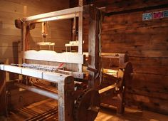 restored loom | Goms, Valais, Switzerland Interesting brake mechanism.