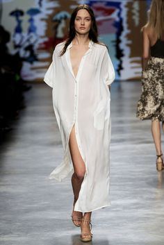 // stella mccartney s/s '10 White shirt beach wear vacation style