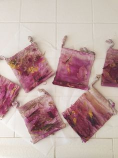 Natural Fabric Dye with Flowers aquariansouldesigns.com