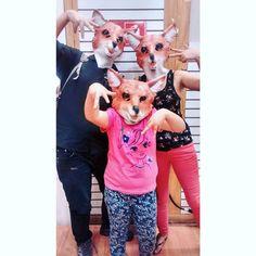 """Fox Family  Día entretenido  #fox #foxfamily #family #daughter #boyfriend #portrait #mask #foxmask #funny #vsco #vscocam #instalike #instachile"""