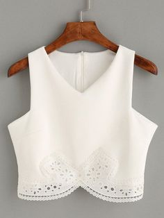 Clothes for Romantic Night - white lace crop top, sexy crop tank top, lace romantic white top - Lyfie - If you are planning an unforgettable night with your lover, you can not stop reading this! Crop Top Outfits, Cool Outfits, Casual Outfits, Fashion Outfits, White Lace Crop Top, Lace Crop Tops, White Tank, White White, Cropped Tank Top