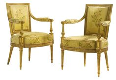 A PAIR OF LOUIS XVI CARVED GILTWOOD FAUTEUILS CIRCA 1780 European Furniture, French Furniture, Classic Furniture, New Furniture, Antique Furniture, Furniture Projects, Gold Sofa, French Chairs, Traditional Furniture