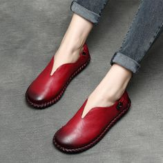 69.86$  Buy here - http://ali12q.shopchina.info/go.php?t=32800515866 - 2017 Spring Womens Flats Red Designer Handmade Women Shoes Genuine Leather Ladies Yellow Loafers Low Heel For Women Comfortable 69.86$ #buychinaproducts