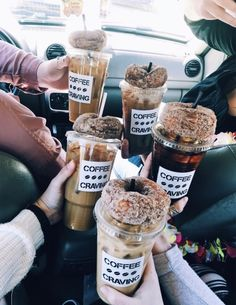Image uploaded by Find images and videos about friends, yummy and delicious on We Heart It - the app to get lost in what you love. I Love Food, Good Food, Yummy Food, Food N, Food And Drink, Food Goals, But First Coffee, Aesthetic Food, Coffee Break
