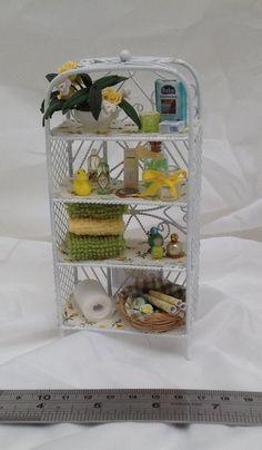 Dolls House Miniatures- White Wire yellow Vanity Bathroom Shelves - NEW AUTUMN 2015