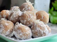 Coconut Rum Balls - butter cookie and macadamia nut base + dark rum & coconut rum!