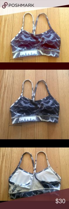 Lululemon bra top Size 2, condition is gently used. Has removable pads. No rips tears, or stains. Very pretty. Negotiable on Merc lululemon athletica Other