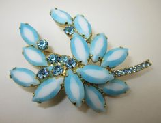 Vintage Juliana DeLizza Elster Pin Brooch Book Piece by LadyandLibrarian, $75.00 #juliana #jewelry #ladyandlibrarian